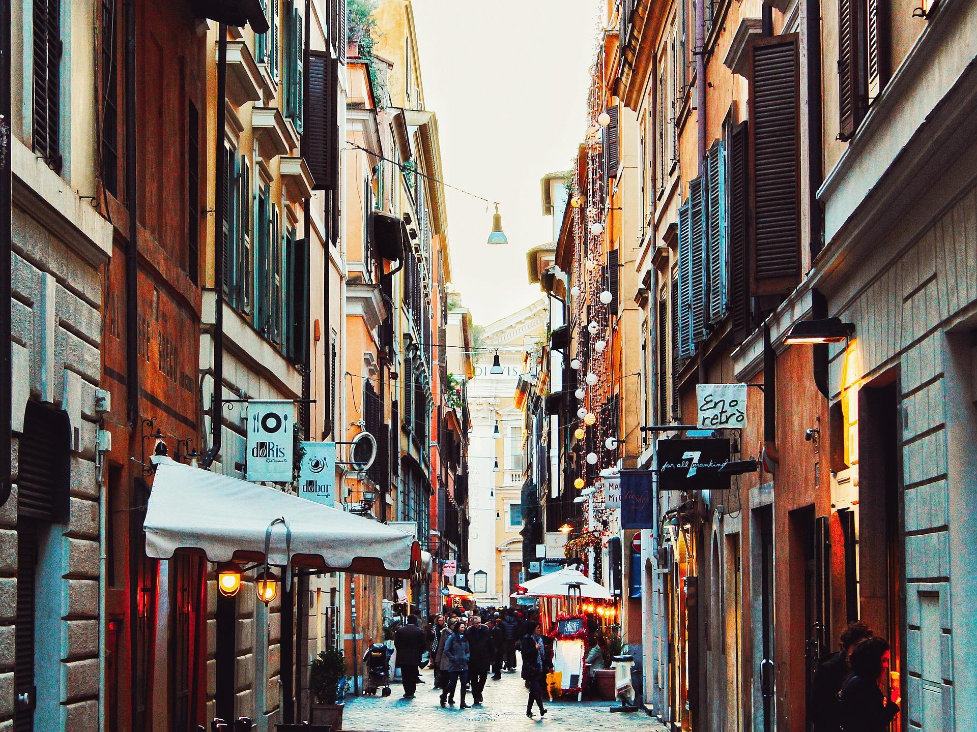 ecco i principali luoghi di interesse da non perdere in un itinerario nel centro storico di Roma